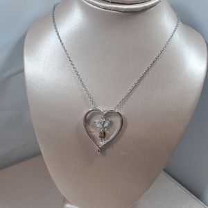 Jewelry - Nwt, child's silver heart pendant and chain